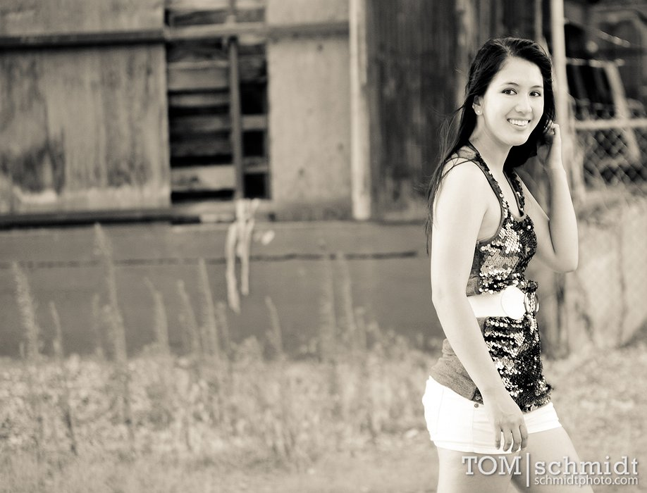Modern Senior Portraits - KCMO - beautiful Pictures