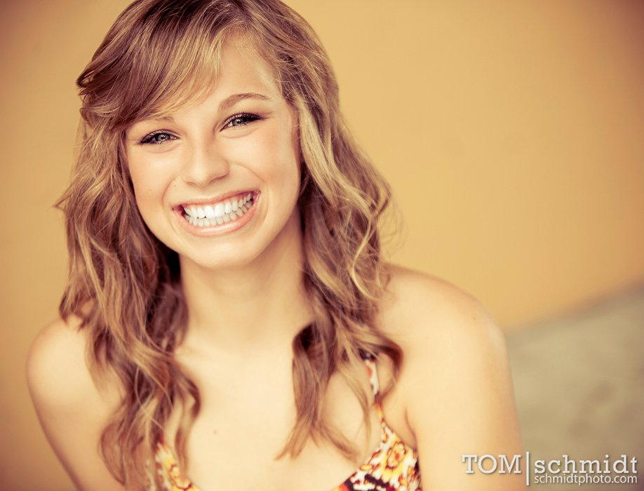 Kansas City Area, Tom Schmidt Senior Portrait Photographer