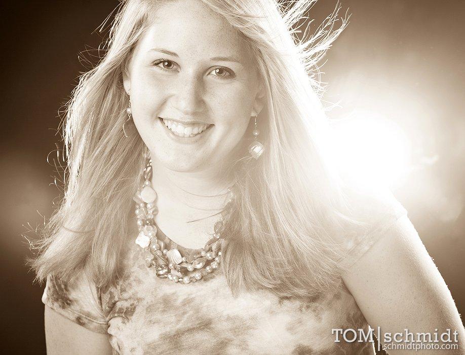 Senior Portrait Pose Ideas in Missouri - Lees Summit Photographer