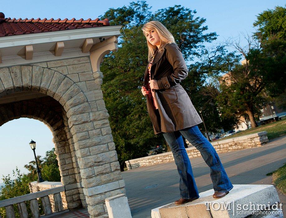 Kansas City Photographer - Tom Schmidt - Urban On-Location Senior Shoot