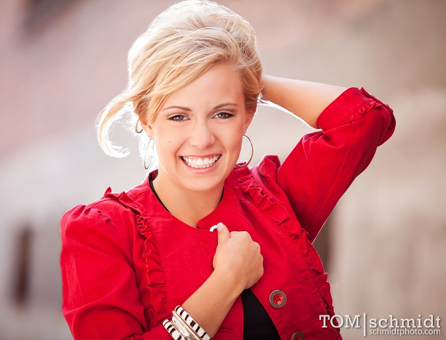Girls Senior Portrait Ideas - In Studio Images - Photo Education