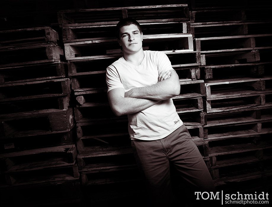 Senior Picture Poses - Gallery of Portraits - Tom Schmidt