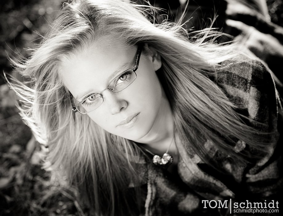 Fall Senior Pictures - Outdoor Portraits by Tom Schmidt