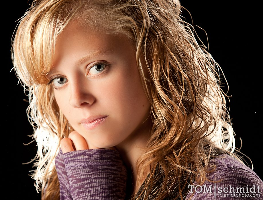 Stormy's Senior Shoot - Athletic Senior Picture Poses for Girls